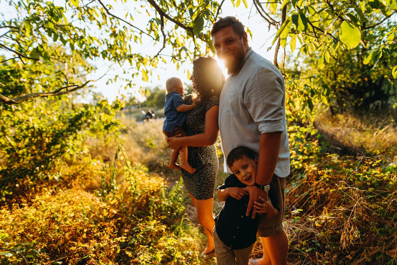Sesje Rodzinne – Z Rodziną Najlepiej Na Zdjęciach