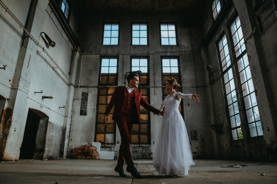 Sesja ślubna – Urban Exploration in Gniezno